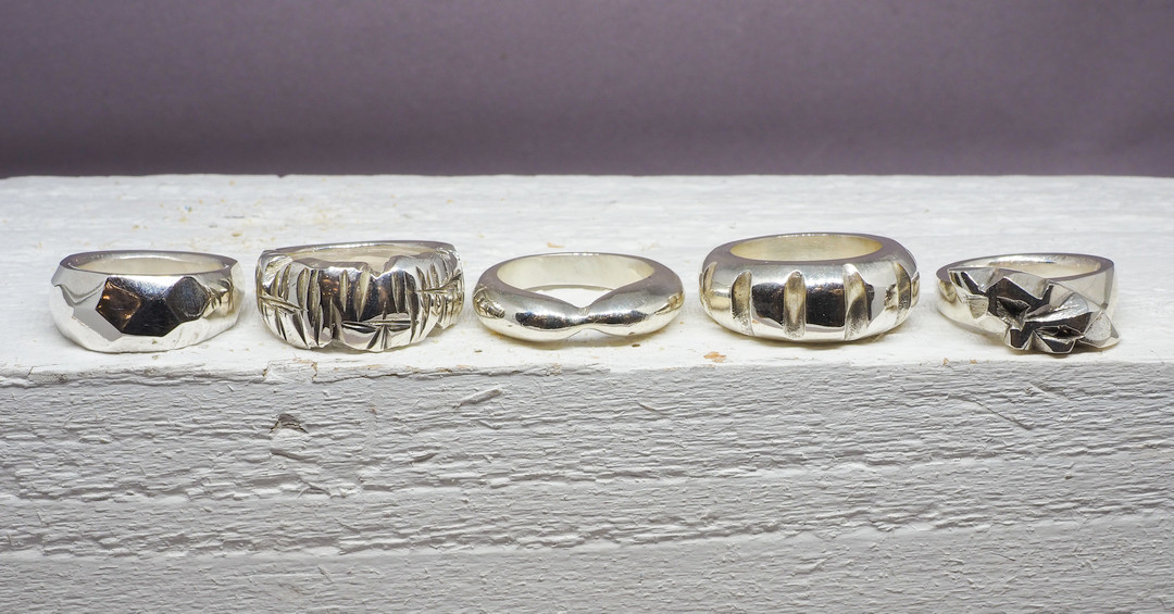 Silverworks - 5 Rings in a row b